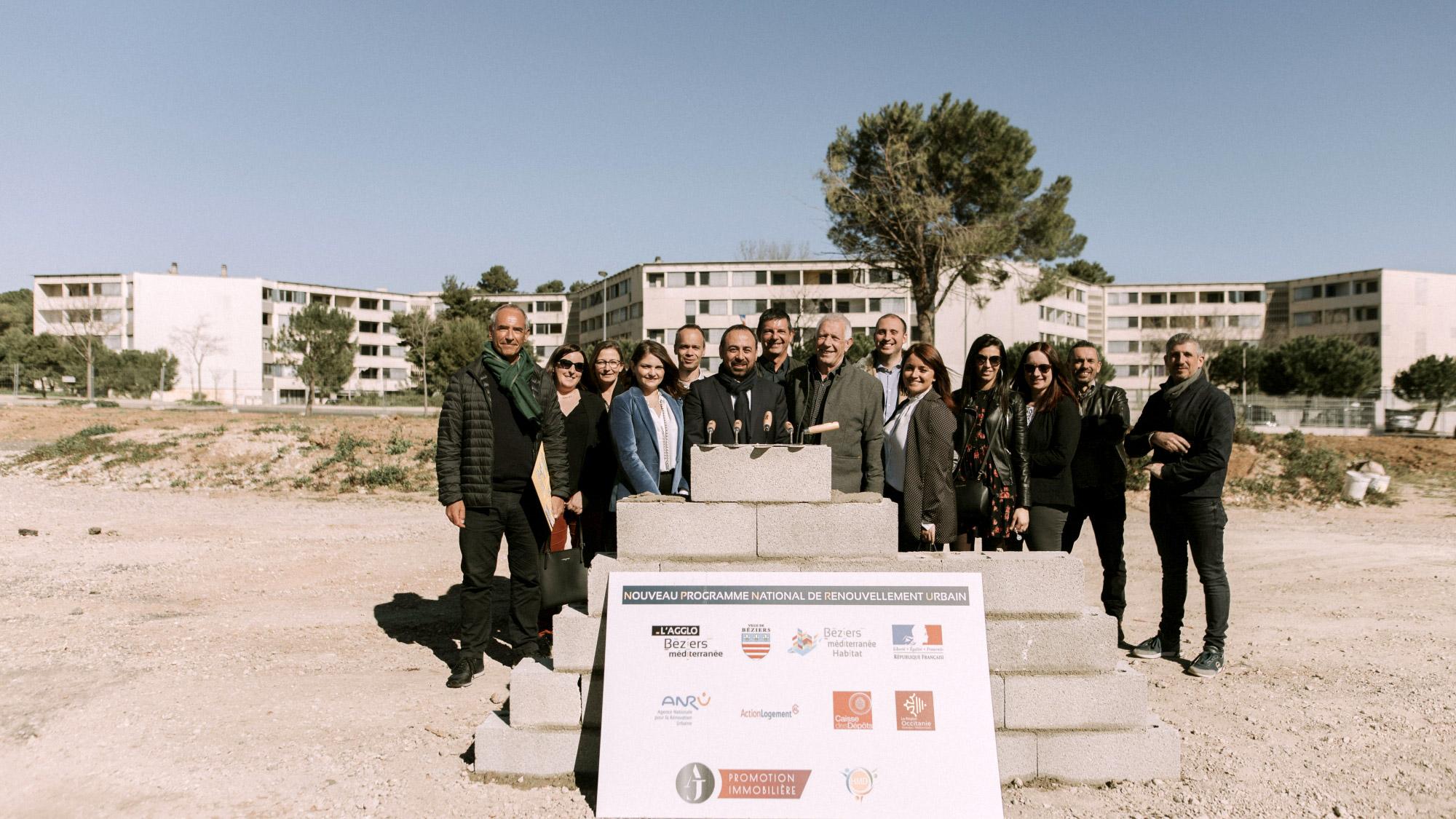 Pose de la 1ère pierre Villa Rosa à Béziers
